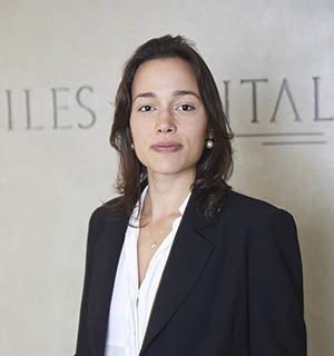 Maria Vitória Barros